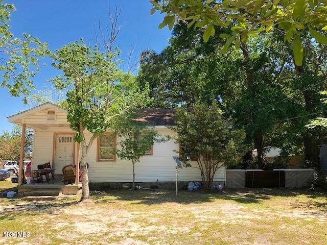 182 Althea St, Biloxi, MS 39531 (MLS #332769) :: Amanda & Associates at Coastal Realty Group