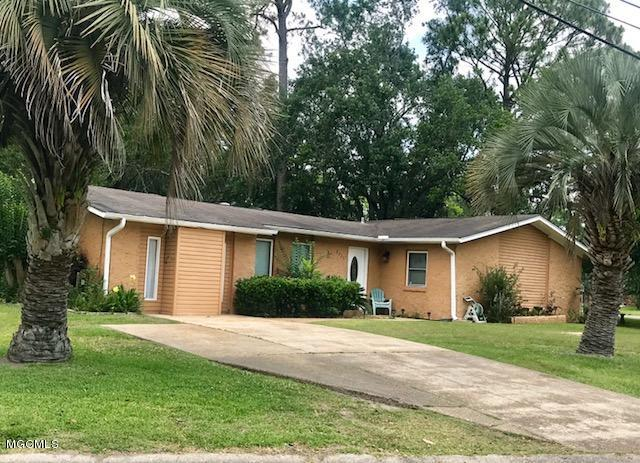 2725 Pleasant St, Pascagoula, MS 39581 (MLS #334085) :: Ashley Endris, Rockin the MS Gulf Coast