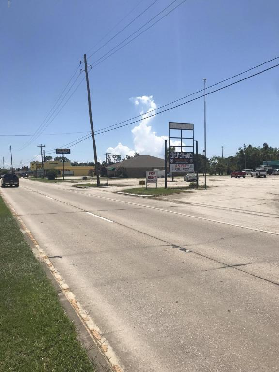 828 Highway 90, Bay St. Louis, MS 39520 (MLS #334649) :: Sherman/Phillips