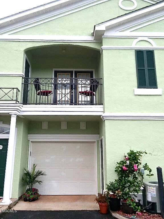 2252 Beach Dr #1103, Gulfport, MS 39507 (MLS #335356) :: Amanda & Associates at Coastal Realty Group