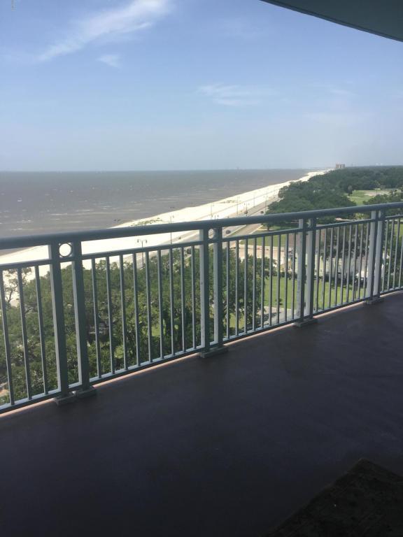 2228 Beach Dr #1009, Gulfport, MS 39507 (MLS #335546) :: Amanda & Associates at Coastal Realty Group