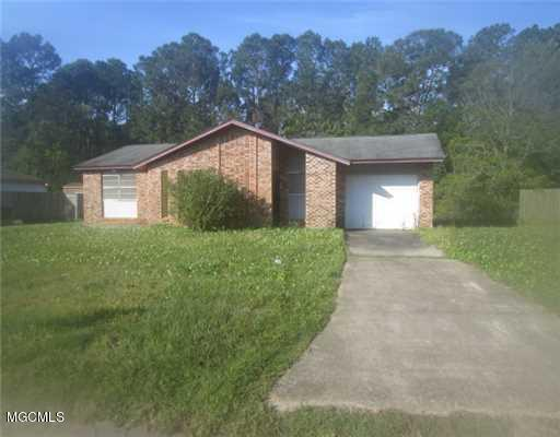 2425 Southern Dr, Gautier, MS 39553 (MLS #337357) :: Amanda & Associates at Coastal Realty Group