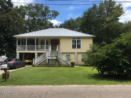 606 Spanish Ave, Pascagoula, MS 39567 (MLS #337483) :: Amanda & Associates at Coastal Realty Group
