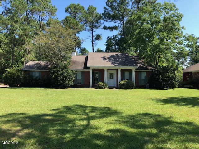 7948 Martin Bluff Rd #1, Gautier, MS 39553 (MLS #337659) :: Amanda & Associates at Coastal Realty Group