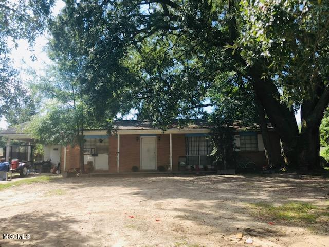 1702 William Harrison Dr, Biloxi, MS 39531 (MLS #340088) :: Amanda & Associates at Coastal Realty Group