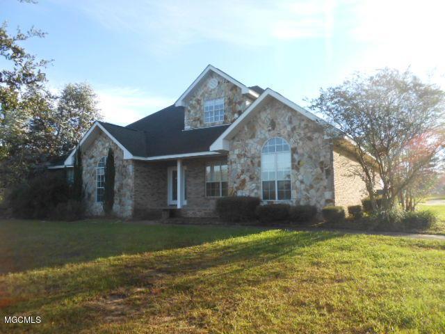 8334 Ridgewood Dr, Kiln, MS 39556 (MLS #340344) :: Amanda & Associates at Coastal Realty Group