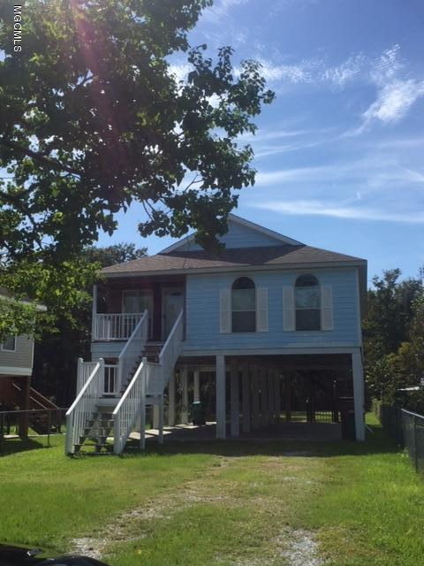 377 Henderson Ave, Pass Christian, MS 39571 (MLS #340823) :: Coastal Realty Group