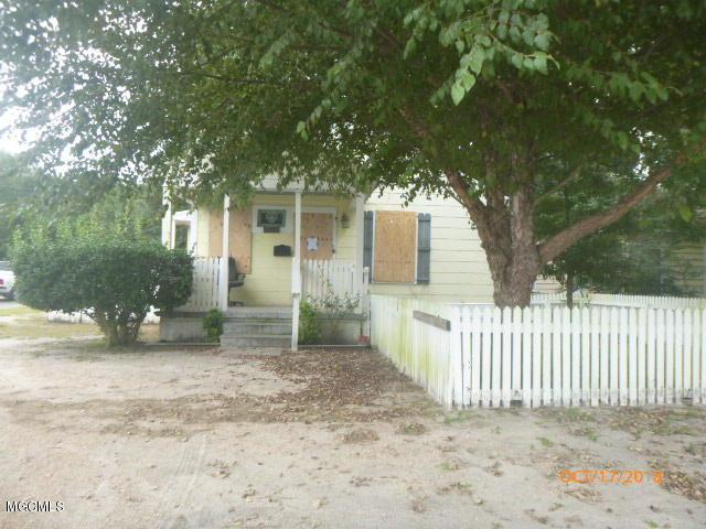 2732 Pine Ave, Gulfport, MS 39501 (MLS #341071) :: Sherman/Phillips
