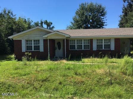 255 Farrar Ln, Waveland, MS 39576 (MLS #341116) :: Sherman/Phillips