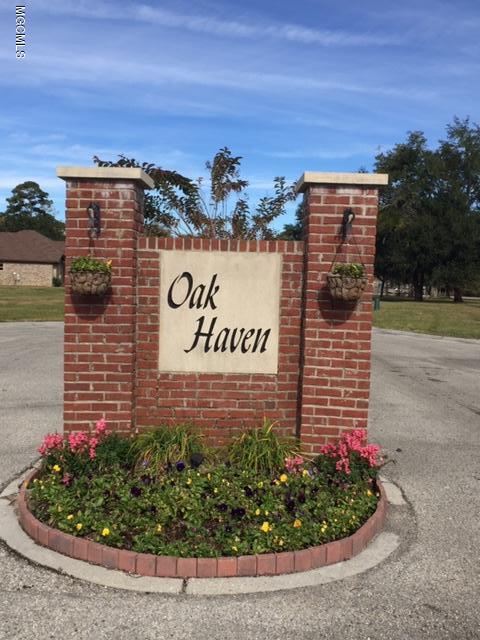 9 Oak Haven Dr, Long Beach, MS 39560 (MLS #342106) :: Amanda & Associates at Coastal Realty Group