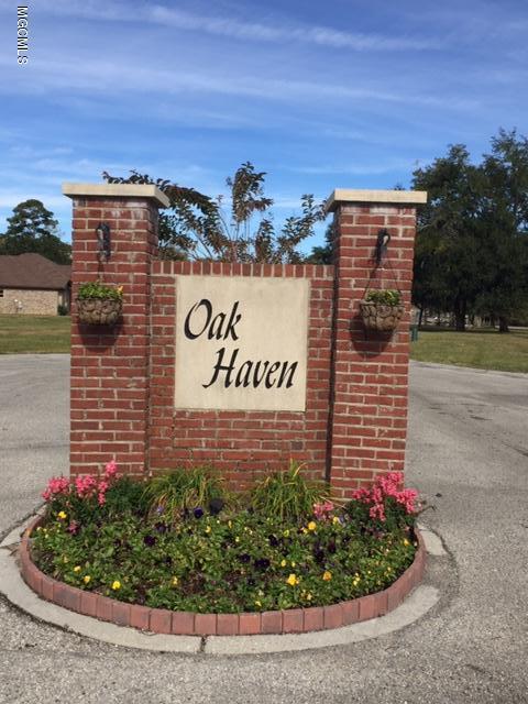 12 Oak Haven Dr, Long Beach, MS 39560 (MLS #342109) :: Coastal Realty Group