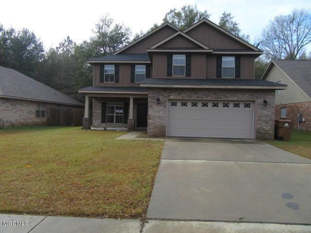 10568 Roundhill Dr, Gulfport, MS 39503 (MLS #342348) :: Amanda & Associates at Coastal Realty Group
