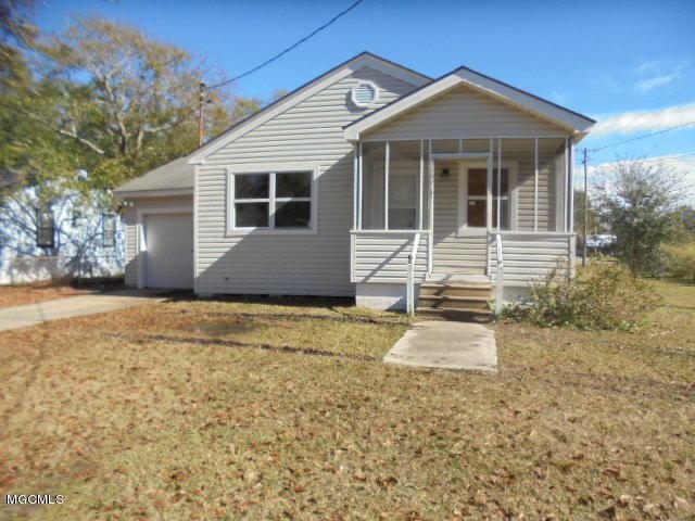 1012 Williams St, Pascagoula, MS 39567 (MLS #342752) :: Amanda & Associates at Coastal Realty Group