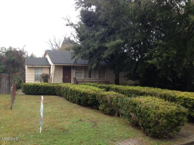 1911 21st Ave, Gulfport, MS 39501 (MLS #344033) :: Coastal Realty Group