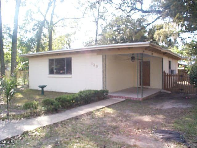 139 Baltar Ln, Biloxi, MS 39530 (MLS #344593) :: Amanda & Associates at Coastal Realty Group