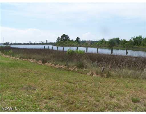 24616 Yacht Club Dr, Pass Christian, MS 39571 (MLS #345576) :: Dunbar Real Estate Inc.