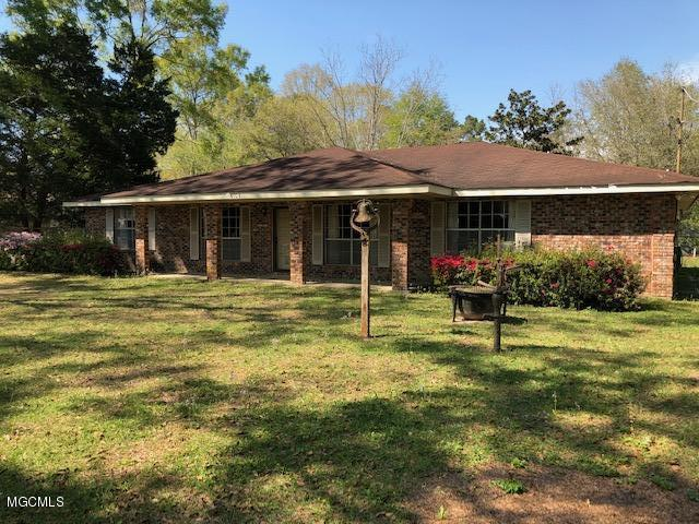 6105 Tolar Rd, Moss Point, MS 39562 (MLS #345715) :: Sherman/Phillips