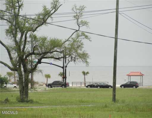 0 E Ocean View Dr, Gulfport, MS 39507 (MLS #345913) :: Amanda & Associates at Coastal Realty Group