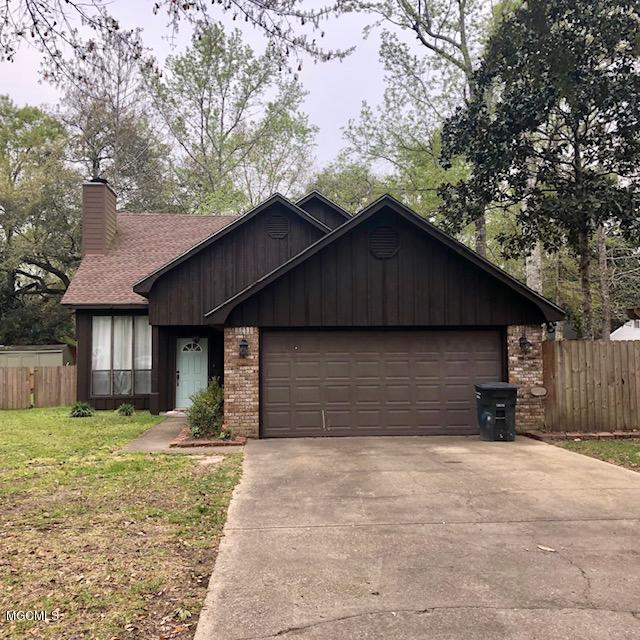 3205 N 2nd St, Ocean Springs, MS 39564 (MLS #346235) :: Coastal Realty Group