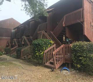 101 Lakeside Villa #101, Diamondhead, MS 39525 (MLS #349659) :: Sherman/Phillips