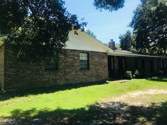 6305 Robinson Still Rd, Vancleave, MS 39565 (MLS #349868) :: Coastal Realty Group