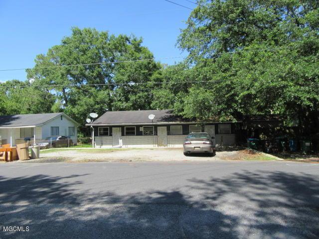 2208 22nd St, Pascagoula, MS 39581 (MLS #349875) :: Coastal Realty Group
