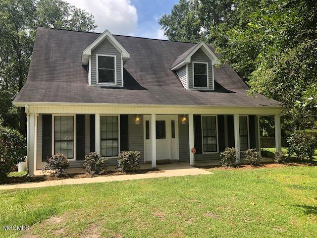 7400 Laetner Dr, Moss Point, MS 39562 (MLS #349889) :: Coastal Realty Group