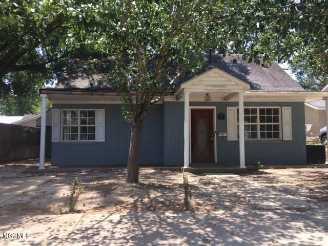 1481 Miller St, Biloxi, MS 39530 (MLS #351117) :: Coastal Realty Group