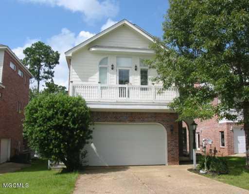 7516 Pinehurst Ct, Diamondhead, MS 39525 (MLS #351394) :: Coastal Realty Group