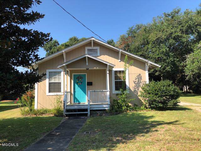 112 Central Ave, Long Beach, MS 39560 (MLS #353364) :: The Sherman Group
