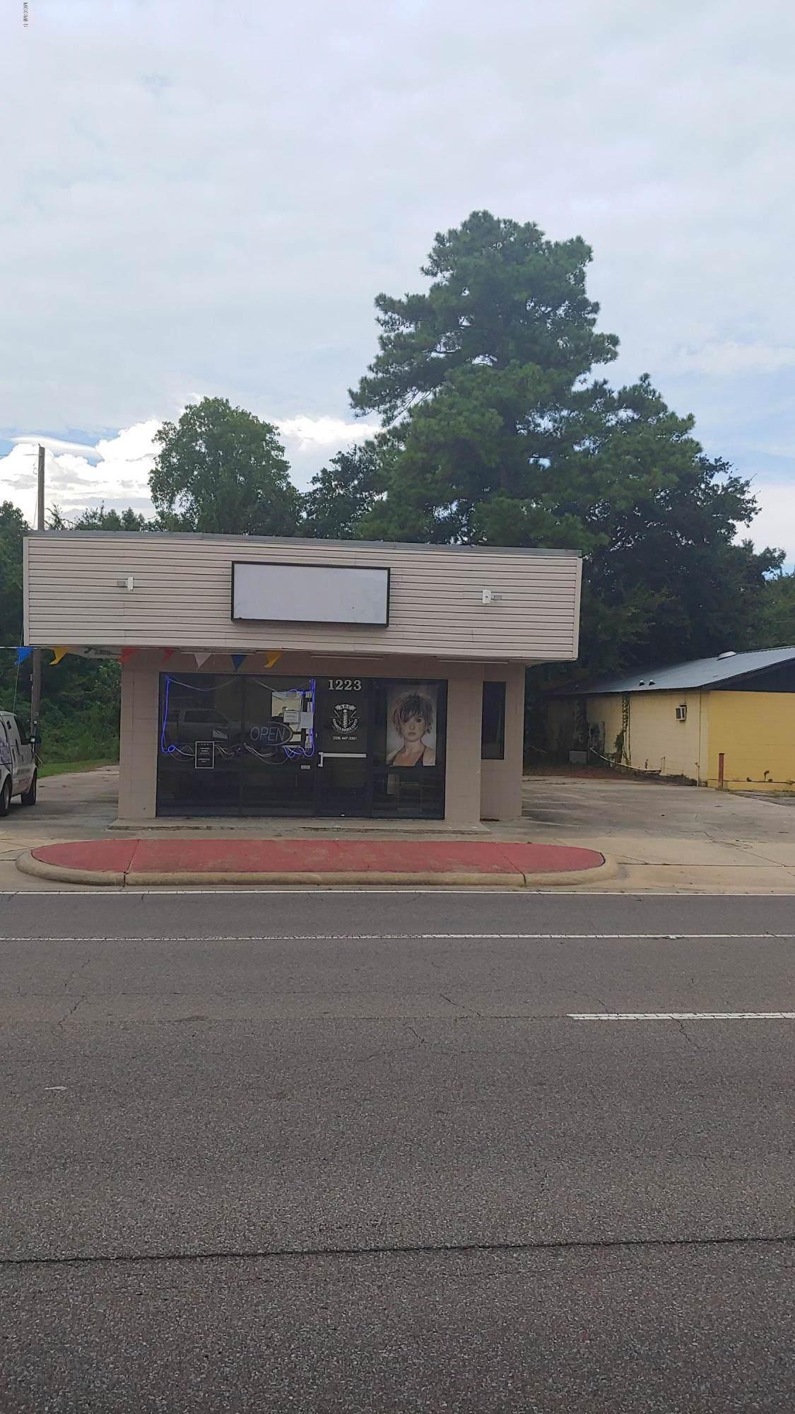 1223 Bienville Blvd - Photo 1