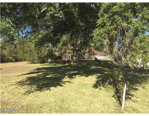 801 14th St, Pascagoula, MS 39567 (MLS #353682) :: Coastal Realty Group