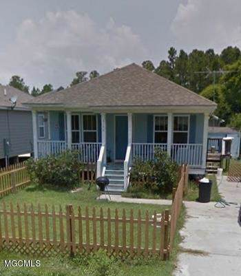 6148 W Forrest St, Bay St. Louis, MS 39520 (MLS #354055) :: Coastal Realty Group