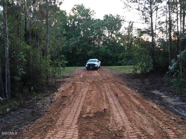 000 Edwin Ladner Rd, Pass Christian, MS 39571 (MLS #354628) :: Coastal Realty Group