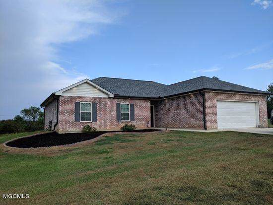 32 Mill Landing Dr, Picayune, MS 39466 (MLS #355725) :: The Sherman Group