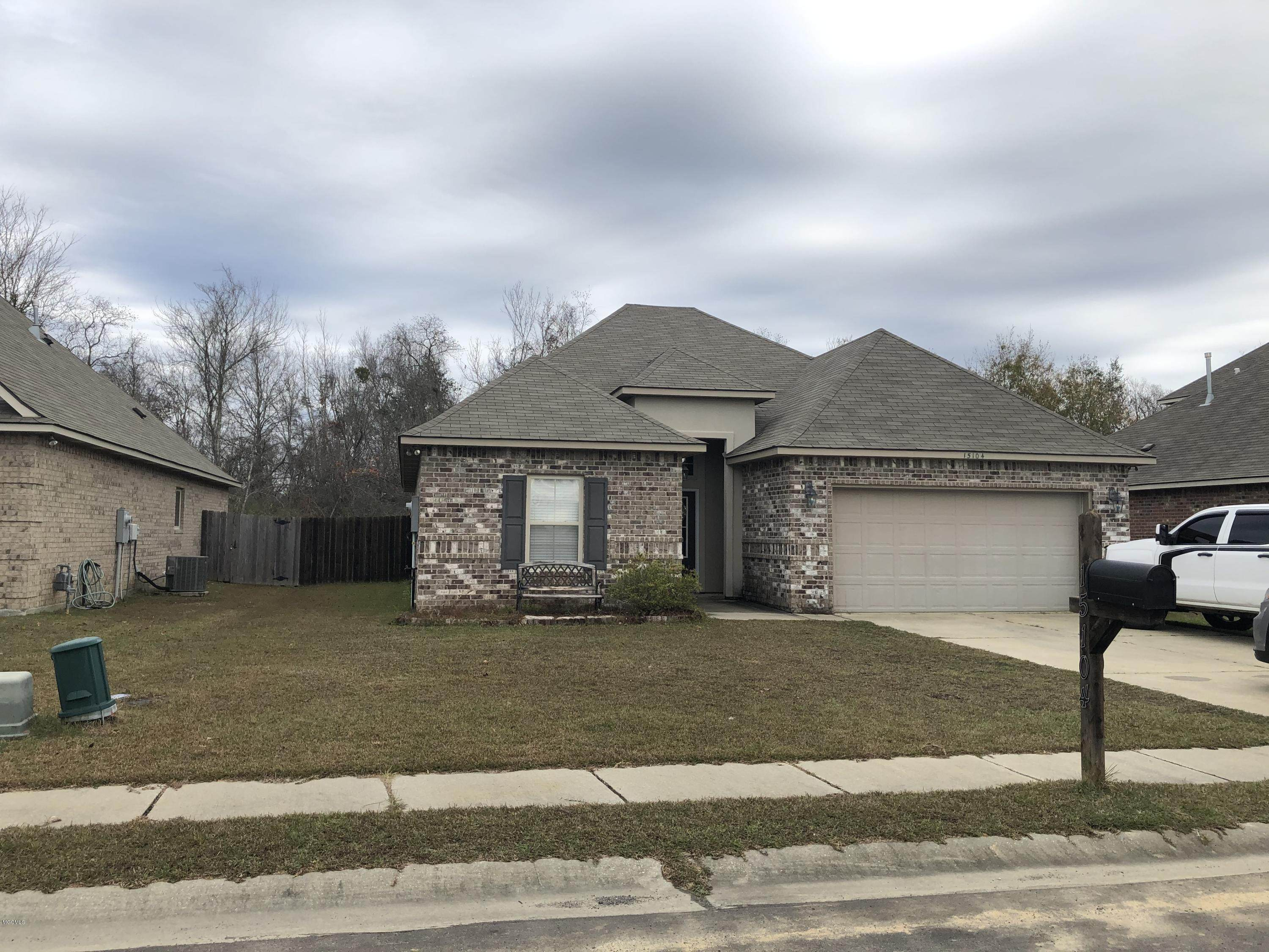 15104 N Ranier Ave, Gulfport, MS 39503 (MLS #356381) :: Coastal Realty Group