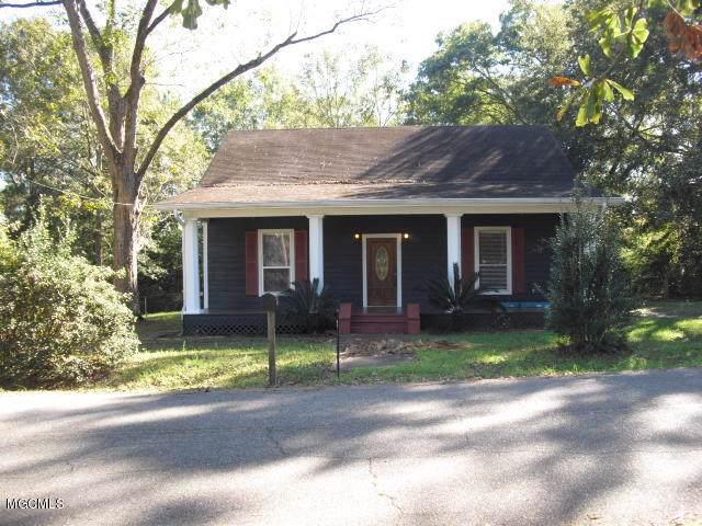 702 E Bond Ave, Wiggins, MS 39577 (MLS #357776) :: Coastal Realty Group