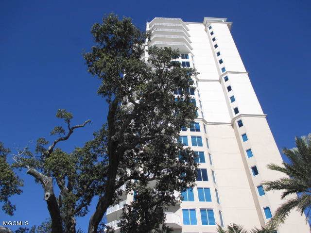 2668 Beach Blvd #206, Biloxi, MS 39531 (MLS #358213) :: Coastal Realty Group