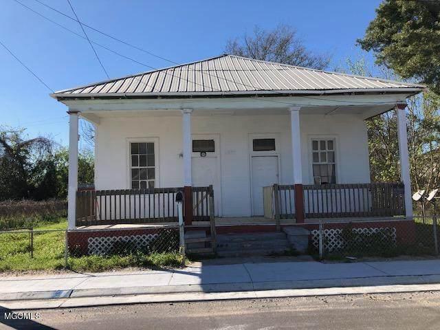 419 Reynoir St, Biloxi, MS 39530 (MLS #359031) :: Coastal Realty Group
