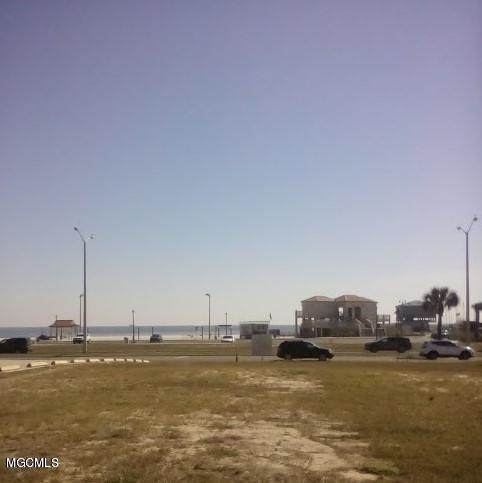302 E Beach Blvd, Long Beach, MS 39560 (MLS #360431) :: The Sherman Group
