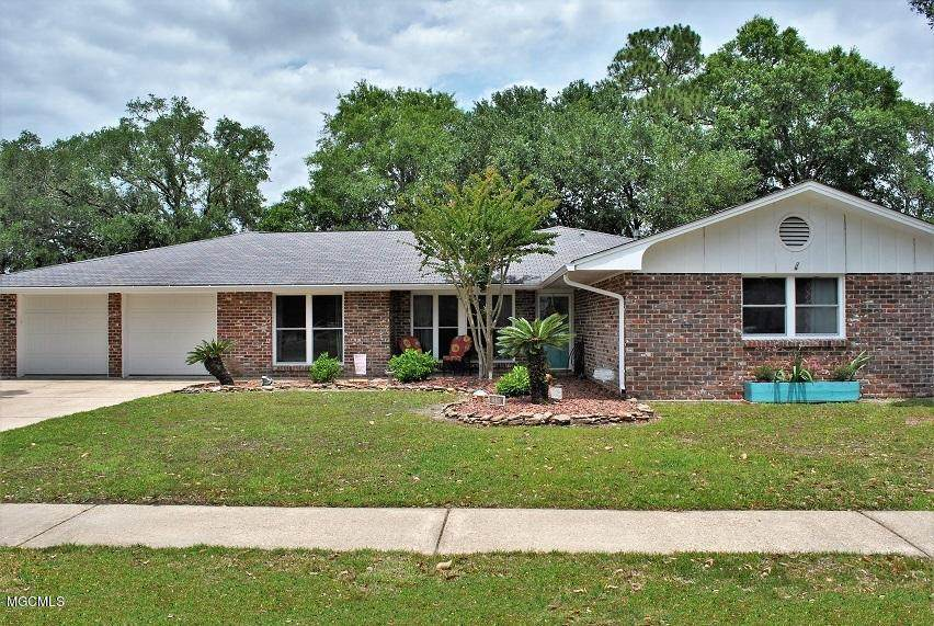 554 Mockingbird Dr - Photo 1