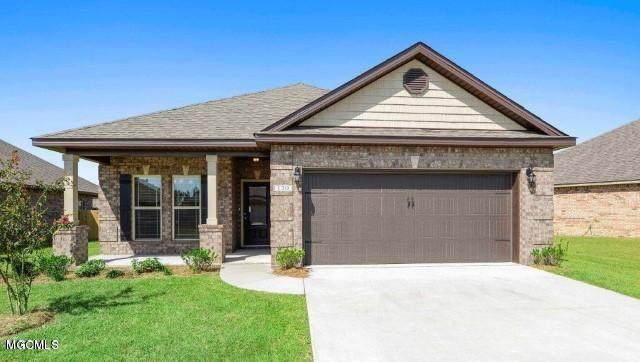 5384 Overland Dr, Biloxi, MS 39532 (MLS #361901) :: Coastal Realty Group