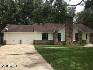 3232 Riverbend Rd, Moss Point, MS 39562 (MLS #363855) :: The Sherman Group
