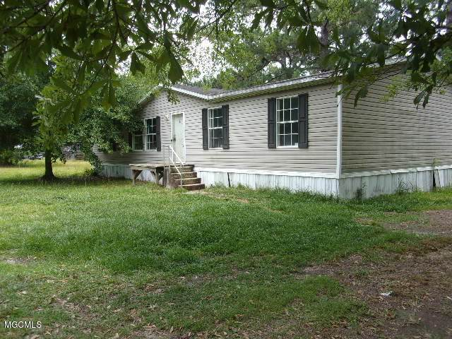124 Junior Steede Rd, Lucedale, MS 39452 (MLS #364791) :: The Sherman Group