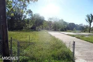 9526 Batia Ave, D'iberville, MS 39540 (MLS #365088) :: Keller Williams MS Gulf Coast