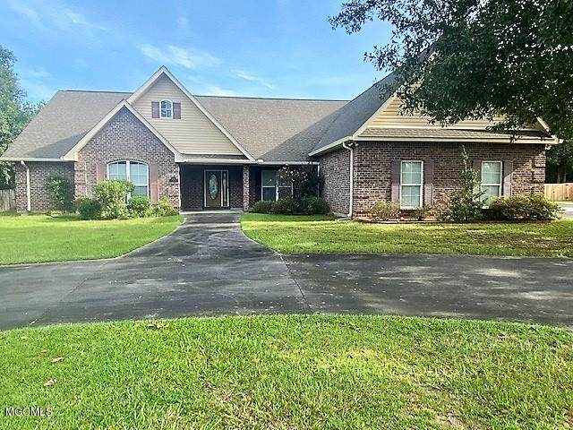 9000 Twin Oak Ct - Photo 1
