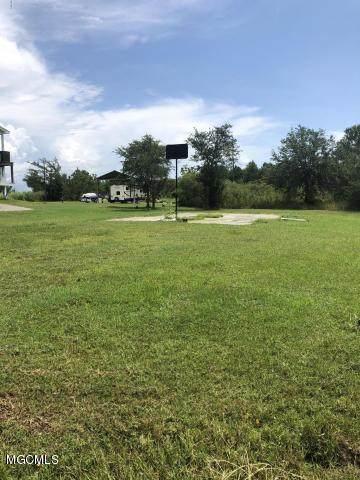 118 Pine Tree Rd, Bay St. Louis, MS 39520 (MLS #366105) :: Coastal Realty Group