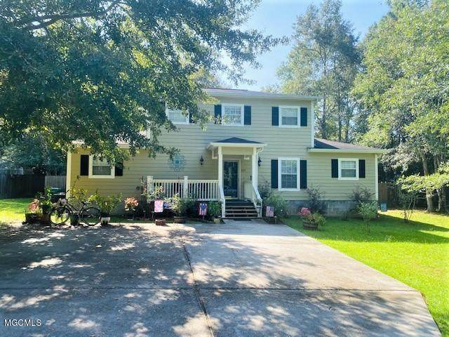 201 Tanglewood Dr, Carriere, MS 39426 (MLS #366264) :: The Sherman Group