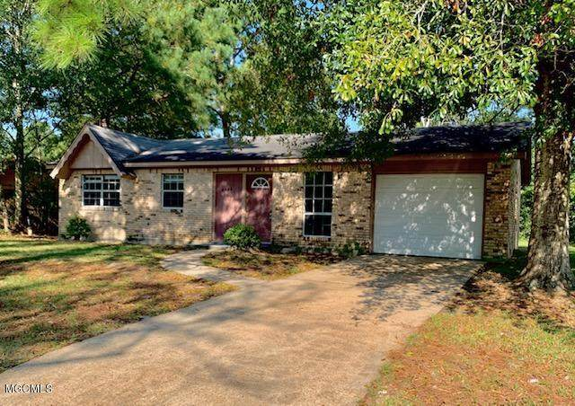 2700 Fraternity Dr, Gautier, MS 39553 (MLS #366880) :: Coastal Realty Group