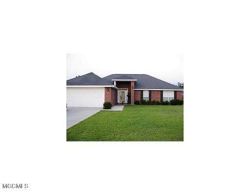 12055 Carnegie Ave, Gulfport, MS 39503 (MLS #367224) :: Berkshire Hathaway HomeServices Shaw Properties